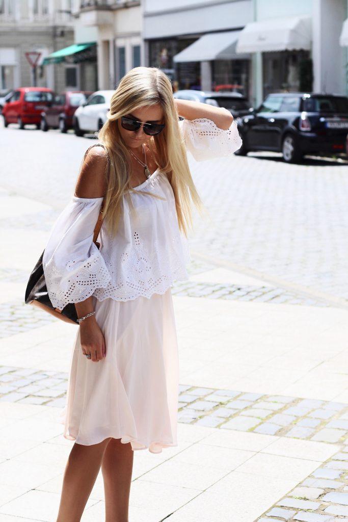 skirt_pink_white