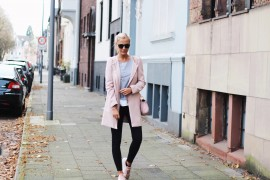 sisichen rosa mantel